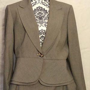 Tahiti Arthur S Levine Ladies Suit